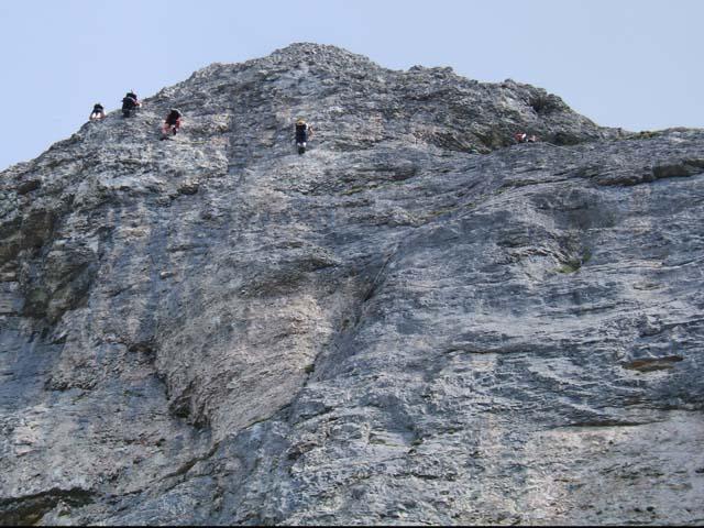 Klettersteig Loser : Bergsteiger im loser panorama klettersteig steiermark Österreich